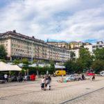 Blick von der Place de la Riponne auf die Umgebung