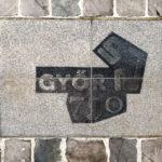 Bodenplatte anlässlich des 750-jährigen Jubiläums von Györ