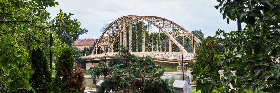 Kossuthbrücke in Györ