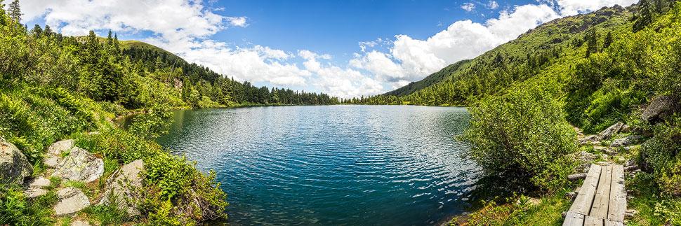Panorama des Großen Scheibelsees in Hohentauern